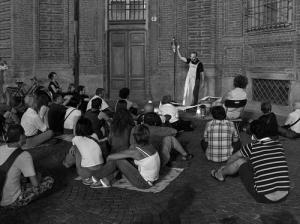 Copia_di_M._Gobetti_in_Piazza_Carignano_a_Torino__con_il_suo_Teatro_Stabile_di_Strada_-_foto_di_A.D._Arcostanzo